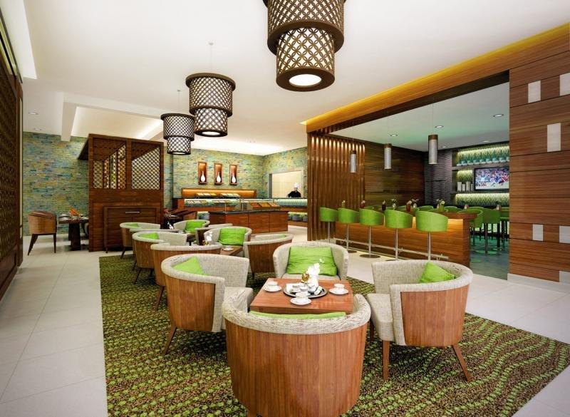 Hilton Garden Inn Dubai Al MuraqabatBar