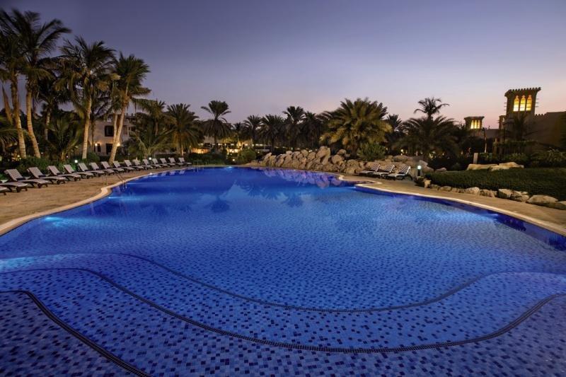 Hilton Al Hamra Beach & Golf ResortPool