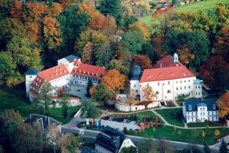 Neukirchen (Pleiße) ab 80 € 5