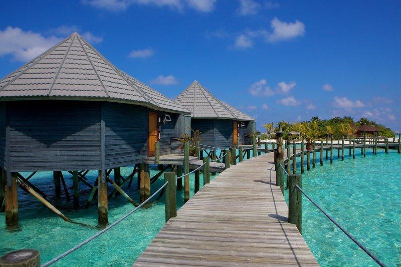 Lhaviyani (Faadhippolhu) Atoll ab 2806 € 2