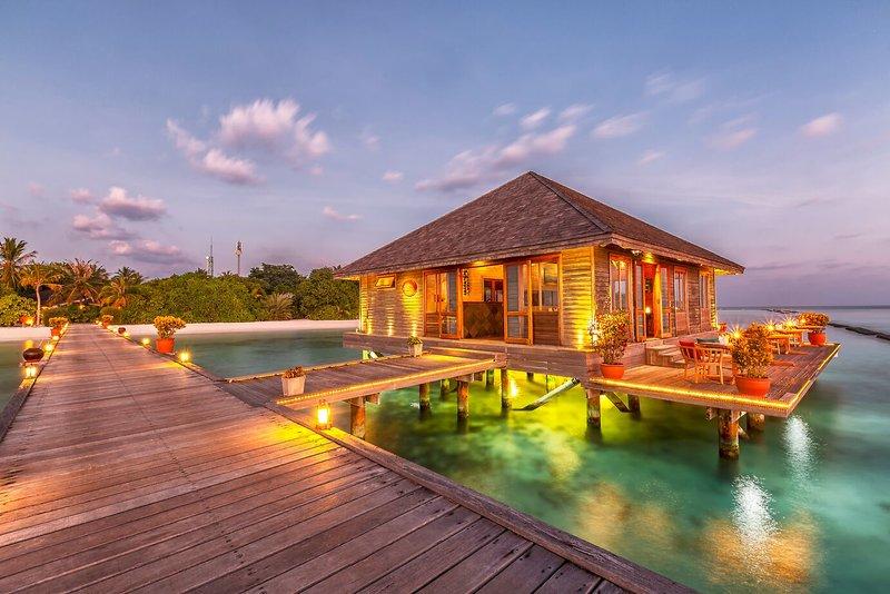 Lhaviyani (Faadhippolhu) Atoll ab 2806 €