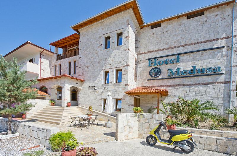 Hotel Medusa in Kryopigi, Chalkidiki