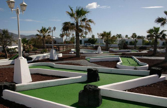 Bungalows Playa Limones in Playa Blanca, Lanzarote GA