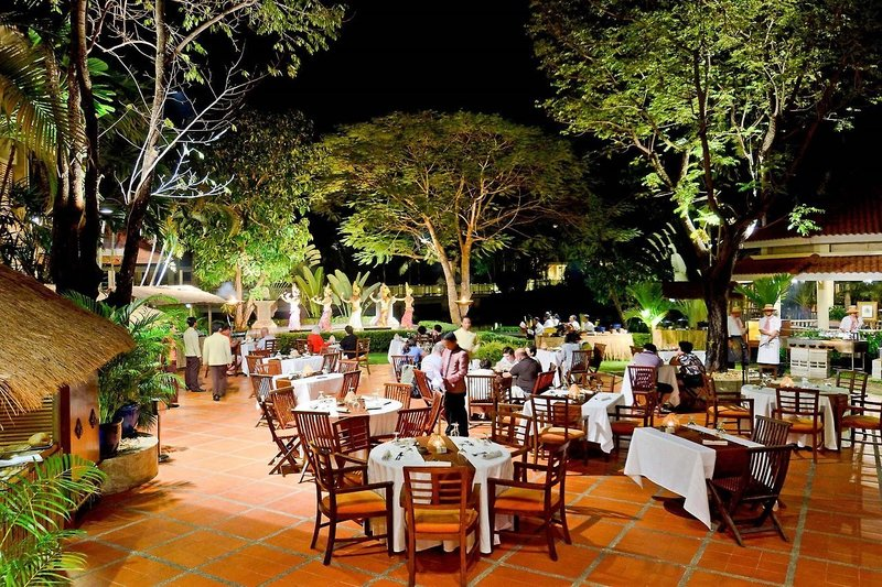 Sofitel Angkor Phokeethra Golf und Spa Resort in Siem Reap, Kambodscha R