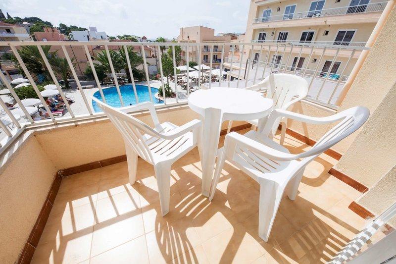 Lliteras Appartements in Cala Ratjada, Mallorca TE