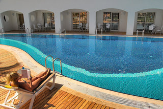 Hotel Batihan Beach Resort & Spa Pool