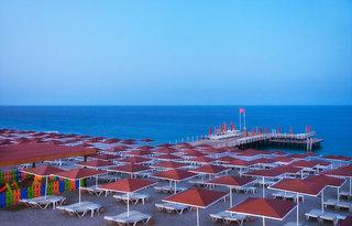 Hotel Akka Alinda Strand