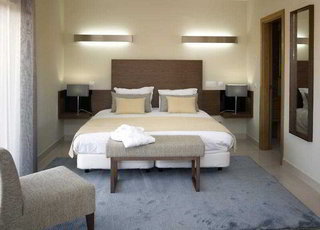 Hotel Agua Hotels Vale Da Lapa Wohnbeispiel