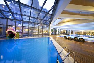 Hotel Limak Lara de Luxe & Resort Hallenbad