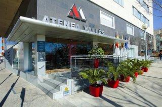 Hotel Atenea Valles Aparthotel Außenaufnahme
