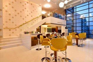 Hotel The Aetas Lumpini Bar