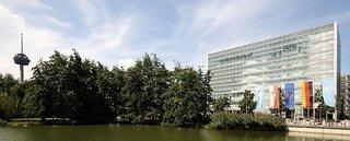 Hotel NH Collection Köln Mediapark Außenaufnahme