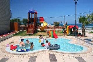 Hotel Porto Platanias Village Resort Kinder