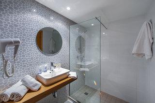 Hotel FERGUS Geminis Badezimmer