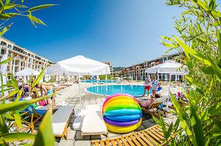 Hotel Premier Fort Hotel Pool