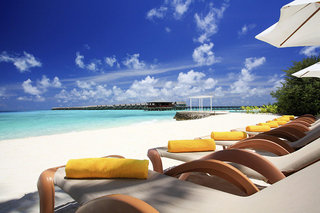 Hotel Centara Ras Fushi Resort & Spa Strand