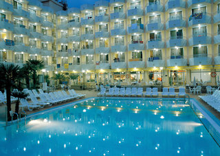 Hotel GHT Oasis Tossa & Spa Pool
