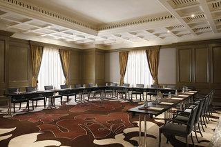 Hotel Habtoor Palace, LXR Hotels & ResortsKonferenzraum