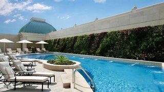 Hotel Habtoor Palace, LXR Hotels & ResortsPool