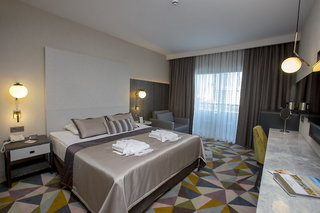 Hotel Fame Residence Lara & Spa Wohnbeispiel