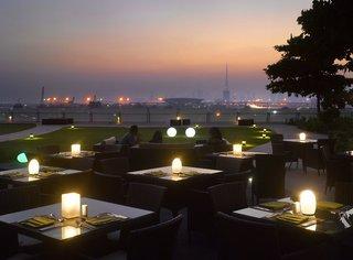 Hotel Crowne Plaza Dubai Festival City Terasse