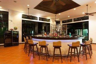 Hotel Alpina Phuket Nalina Resort & Spa Bar