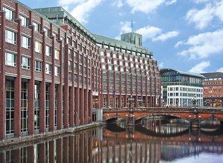 Hotel Steigenberger Hamburg Außenaufnahme