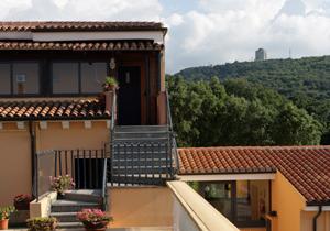 Hotel Pausania Inn Außenaufnahme