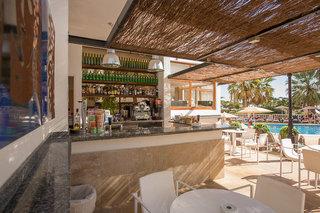 Hotel Tres Torres Bar