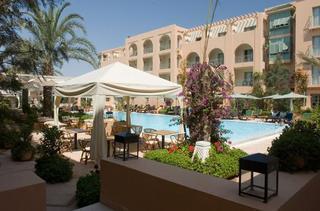 Hotel Alhambra Thalasso Außenaufnahme