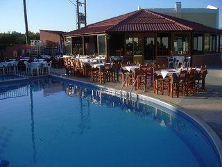 Hotel Camari Garden Hotel Apartments Bar