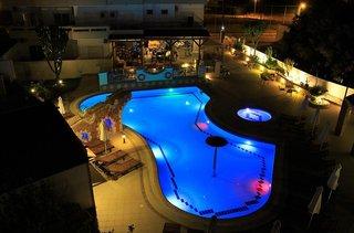 Hotel Bright Star Pool