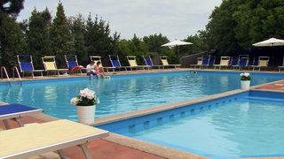 Hotel Pausania Inn Pool