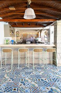 Hotel Portes Beach Bar