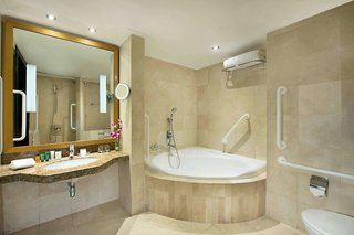 Hotel Radisson Blu Hotel & Resort Abu Dhabi Corniche Badezimmer