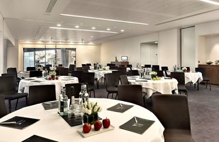 Hotel DoubleTree by Hilton Tower of London Konferenzraum