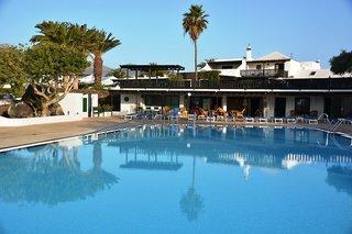 Hotel Casas Heddy Pool