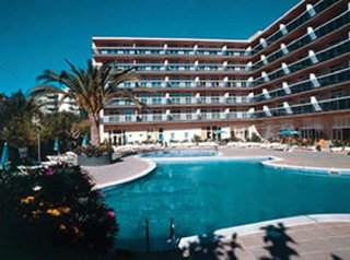 Hotel CYE Holiday Centre Außenaufnahme