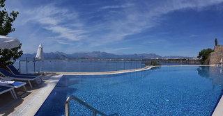 Hotel Ramada Plaza Antalya Pool