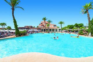 Hotel Ciudad Laurel Pool