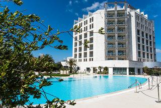 Hotel Doubletree by Hilton Olbia Sardinia Außenaufnahme