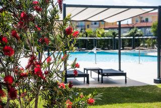 Hotel Doubletree by Hilton Olbia Sardinia Pool