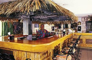 Hotel Doctors Cave Beach Bar