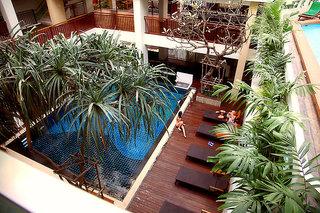 Hotel Sunshine Hotel & Residences Pool