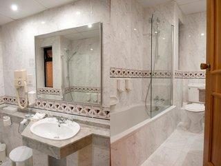 Hotel Pergola Hotel & Spa Badezimmer