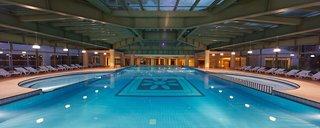 Hotel Silence Beach Resort Hallenbad