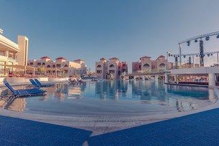 Hotel Pickalbatros Aqua Blu Resort Pool