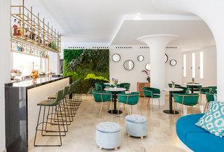 Hotel Tora Bar