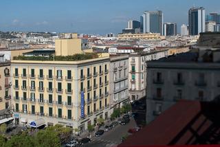 Hotel Best Western Plaza Neapel Stadtansicht