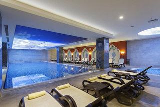 Hotel Crystal Palace Luxury Resort & Spa Hallenbad